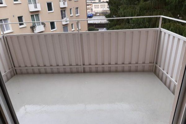 Balkonreinigung